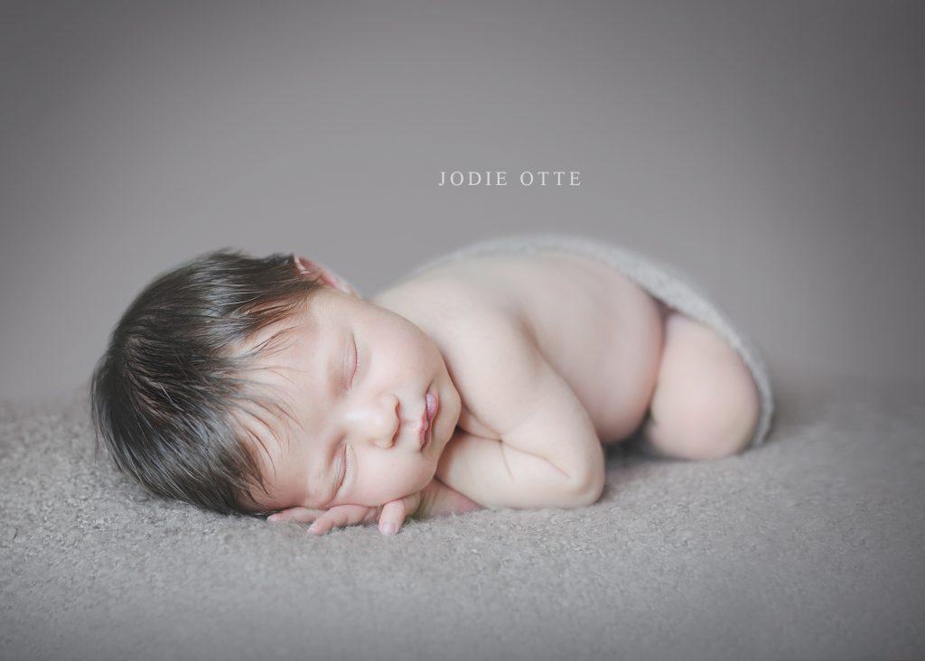 natural newborn photography